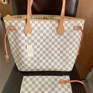 Neverfull size MM bag